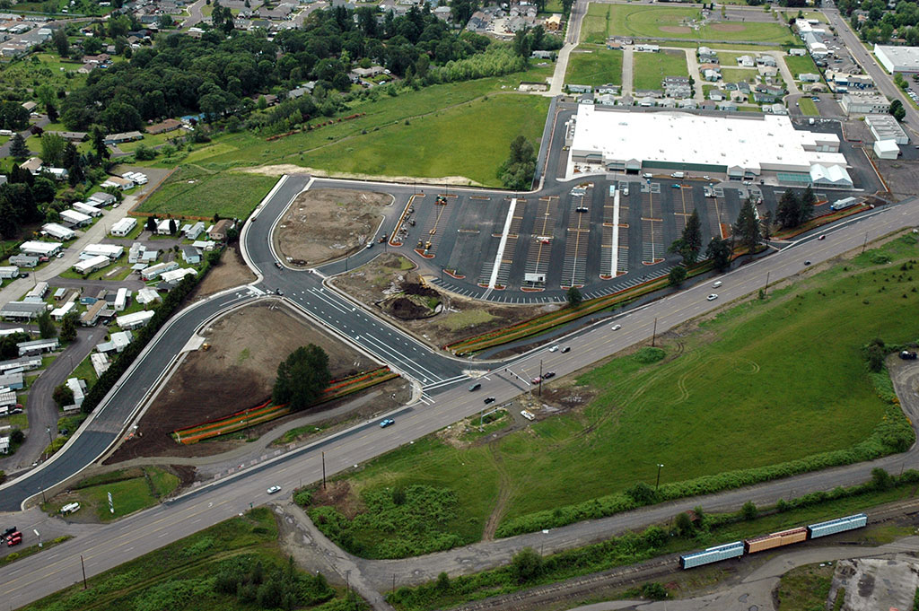 north-santiam-paving-services-parking-lot-maintenance-walmart-lebanon-11